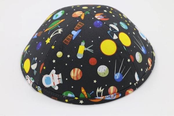 תמונה של כיפה malmush exclusive בדוגמת חלל